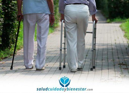 Comprar muletas, bastones o andadores para personas mayores