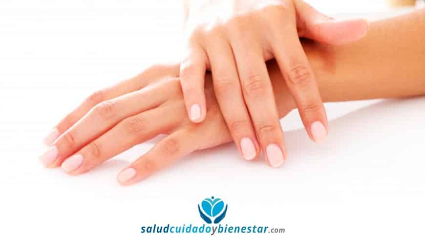 Consejos para mantener saludables y fortalecer tus uñas
