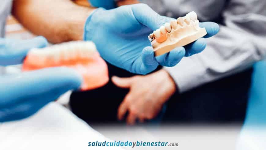 Soluciones para poner implantes dentales en pacientes sin hueso o muy poco